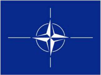 Моряков НАТО в Латвии встретили кулаками