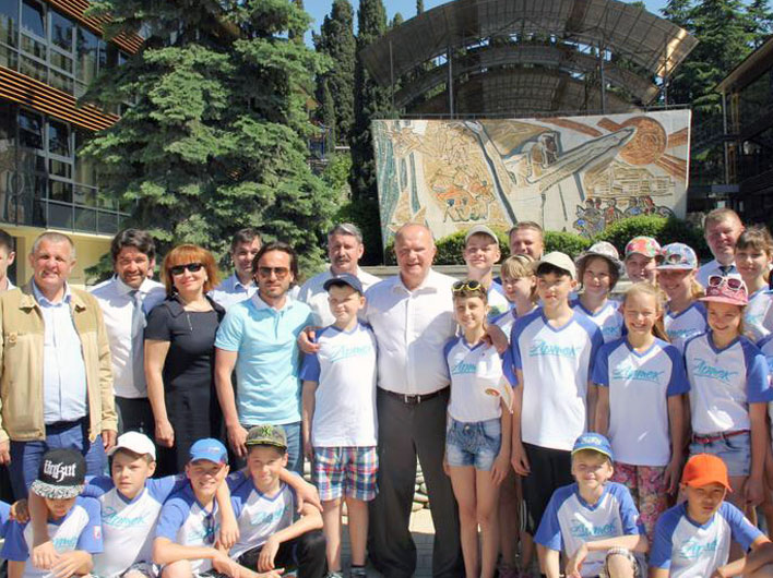 Г.А. Зюганов посетил «Артек» и встретился с руководством Крыма