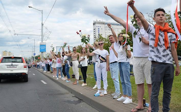 """Г.А.Зюганов: """"Если сломают Белоруссию, то в России будет еще хуже"""""""