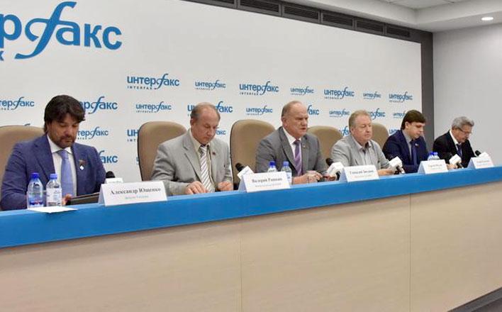 Г.А. Зюганов: Граждане России и москвичи поддержат возвращение памятника Дзержинскому. А либералам надо сидеть, как мышкам