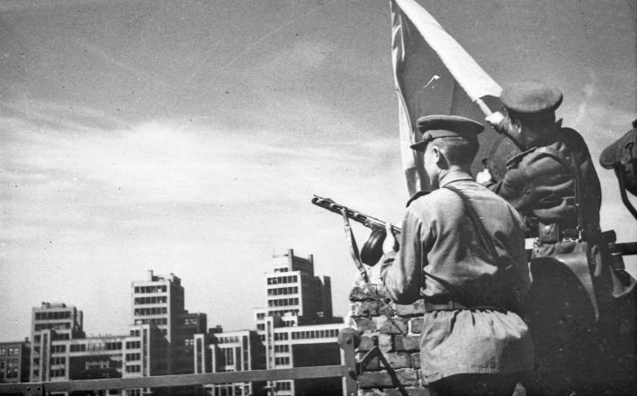 74 года назад cоветские войска освободили Харьков