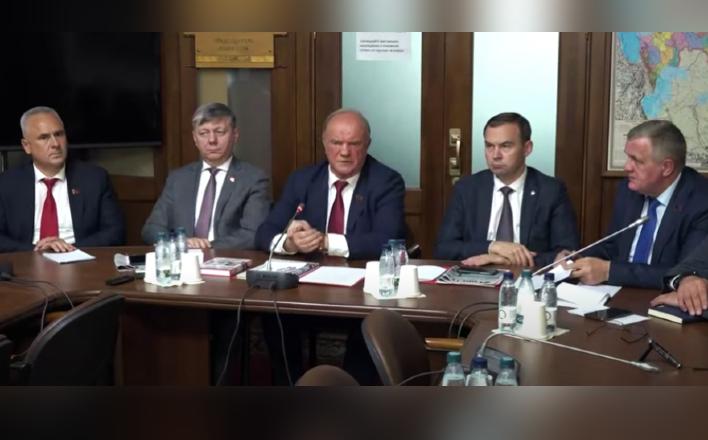"""Г.А.Зюганов: """"Мы будем работать со всеми, кто - за честные и достойные выборы"""""""