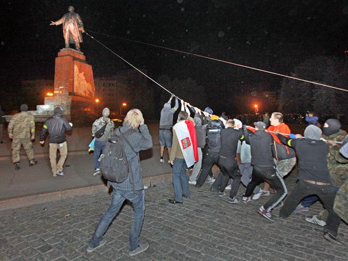 Фашистский террор захлестнул Харьков
