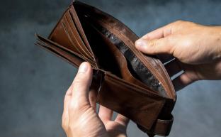 Остаться в живых: повышение МРОТ не дотянет даже до инфляции