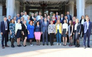 Юрий Афонин слушателям Центра политической учебы: Партийным юристам предстоит защищать товарищей, сражаться за партию и за будущее страны