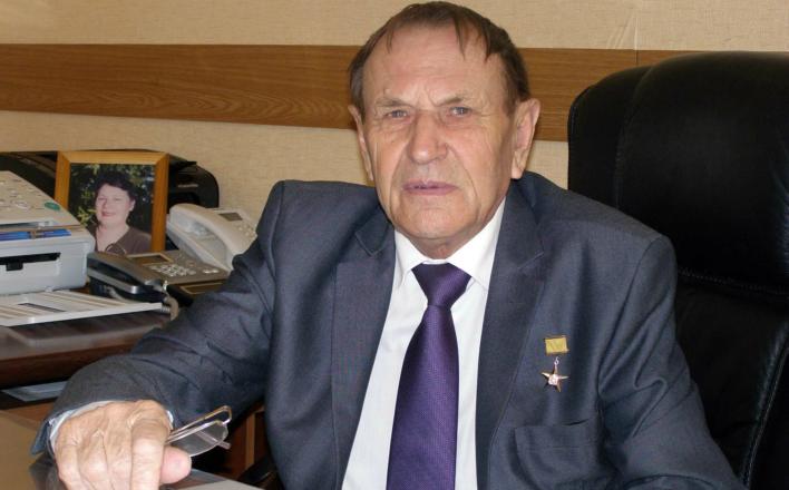 Г.А. Зюганов поздравил с юбилеем И.А. Богачева