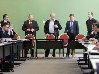 Геннадий Зюганов выпускникам ЦПУ: Максимально эффективно готовиться к выборам!