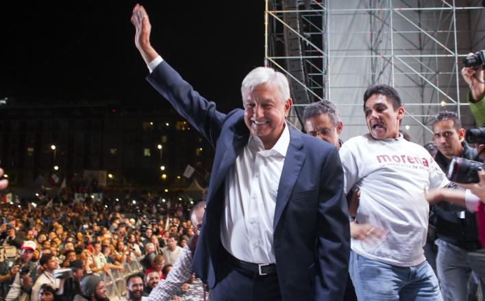 "Мексиканцы голосуют за ""левый поворот"""