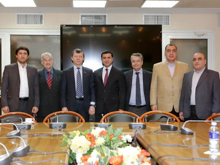 Д.Г. Новиков провел беседу с представителями Демократической партии народов Турции