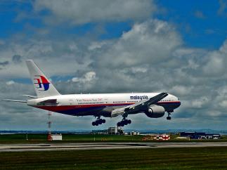 Кто принес в жертву Boeing 777 в небе над Донецком?