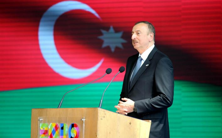 Киргизия и Азербайджан не доверяют США