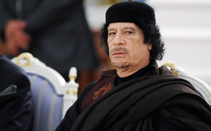 Письма Клинтон раскрыли истинную причину свержения Каддафи