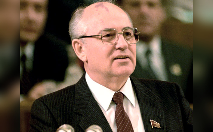 Когда Горбачёв стал предателем?