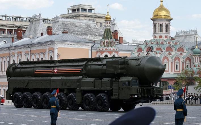 Бьют по Белоруссии – попадают по России