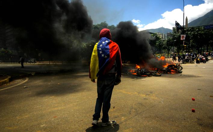 Выборы в Венесуэле состоялись вопреки провокациям