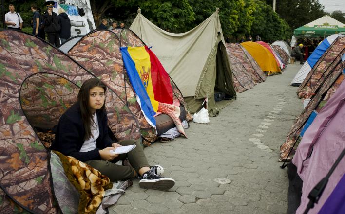 Молдова на грани развала и путча