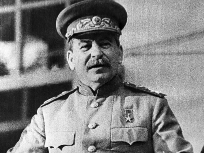 В Санкт-Петербурге просят увековечить память Сталина