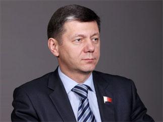 Д.Г.Новиков выступил на РСН. За предложение КПРФ об отставке правительства высказалось 96% радиослушателей