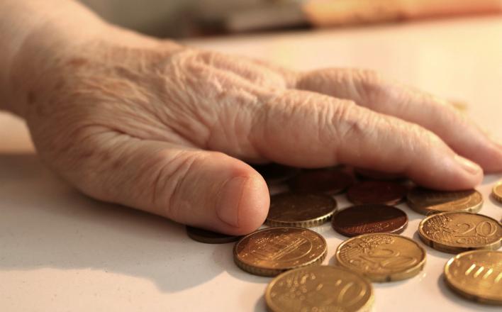 Пенсионная реформа не поможет власти скрыть разворованные триллионы