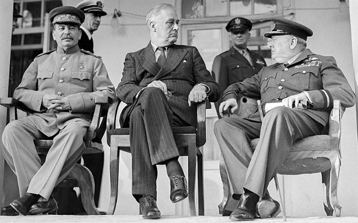 Сталин. Испытание мировой войной